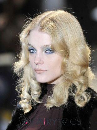 Beautiful Medium Blonde Female Wavy Celebrity Hairstyle 16 Inch