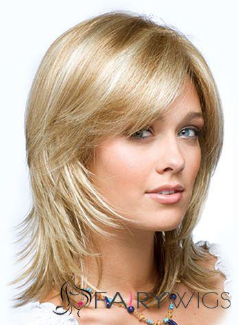 Стрижка каскад на средние волосы с челкой для лица