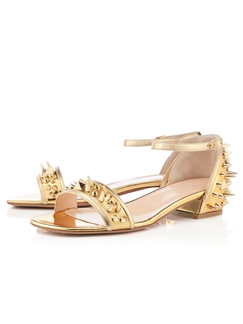 European Style with Chestnut Flat Sandals