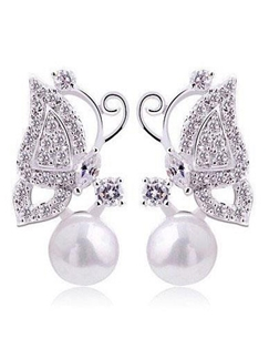 Fashionable Butterfly Rhinestone Pearl Earrings